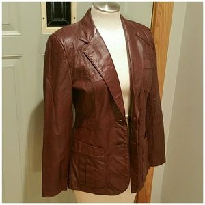 Vintage Wilson's Leather blazer. Size 8